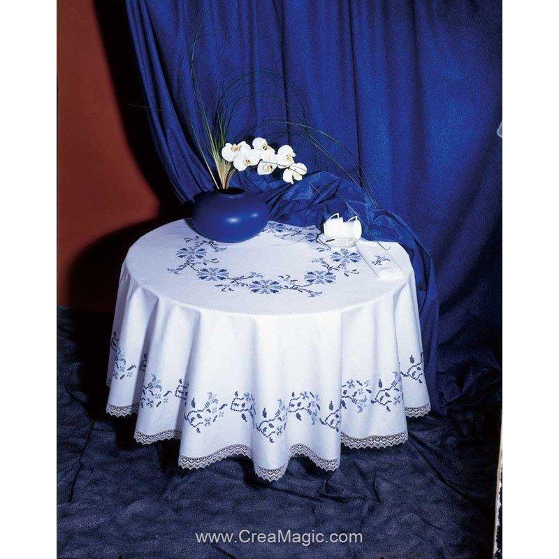 nappe dentelle avila broder au point de croix imprim azur 9883342 2712. Black Bedroom Furniture Sets. Home Design Ideas