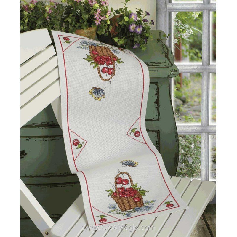 chemin de table en kit panier de cerises broder anchor. Black Bedroom Furniture Sets. Home Design Ideas