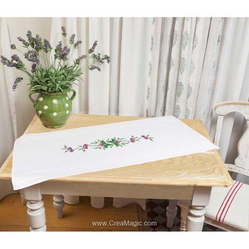 Chemin de table fushia blanche en broderie traditionnelle duftin 01385 az0085 - Chemin de table fushia ...