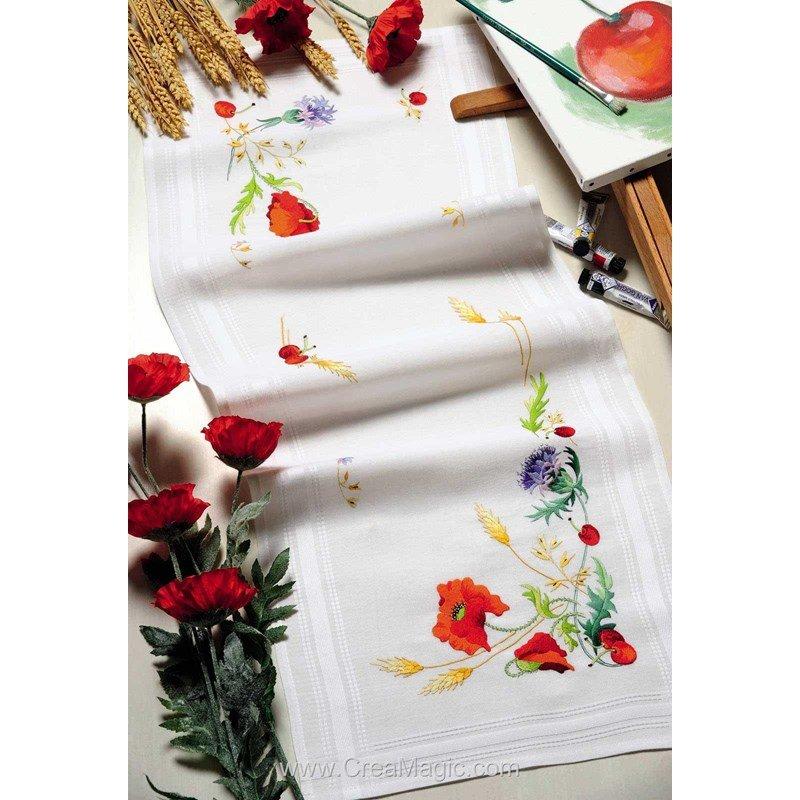 chemin de table fleurs de champs en broderie traditionnelle royal paris. Black Bedroom Furniture Sets. Home Design Ideas