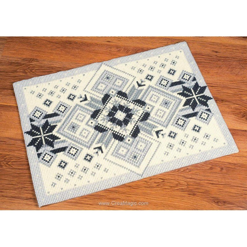 Kit tapis canevas au point de croix g om trie noir et blanc chez vervaco - Toile a canevas pour tapis ...