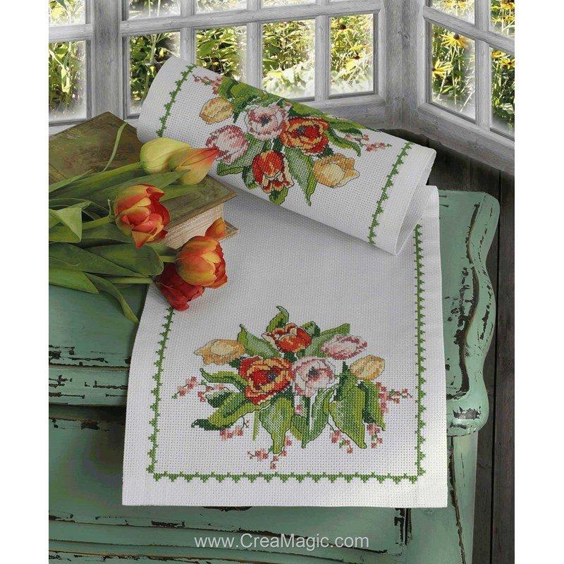 kit chemin de table bouquet de tulipes broder d 39 anchor 9240000 02105. Black Bedroom Furniture Sets. Home Design Ideas