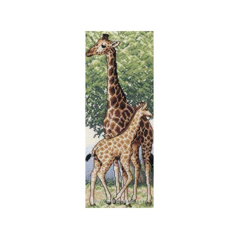 Broderie girafe et son girafon de Royal Paris 6418-0002
