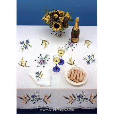 Serviette imprimée Ambiance champêtre bordée de dentelle Dim 50x50 cm à broder en broderie traditionnelle - Luc Création