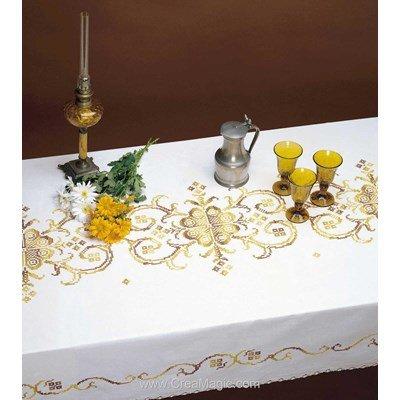 Serviette imprimée Dorée merveille bordée de dentelle Dim 50x50 cm à broder en broderie traditionnelle - Luc Création