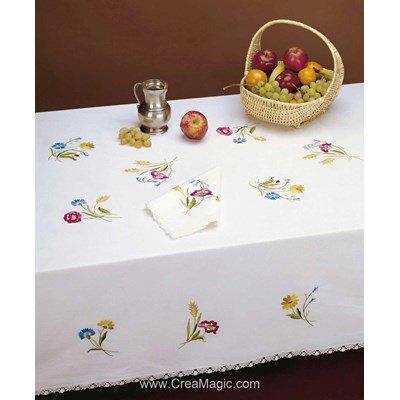 Serviette imprimée Laure bordée de dentelle Dim 50x50 cm à broder en broderie traditionnelle - Luc Création