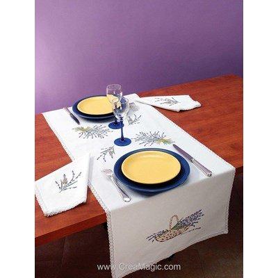 Vis à vis Brins de lavande Avec 2 serviettes assorties à broder en broderie traditionnelle - Luc Création