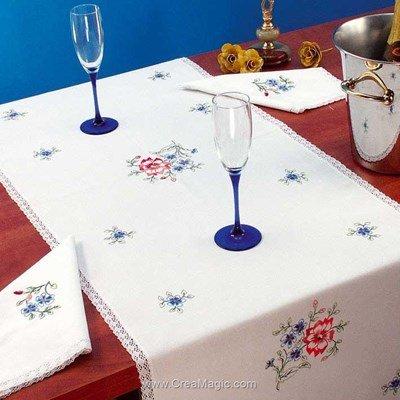 Vis à vis Fraicheur printainnière Avec 2 serviettes assorties à broder en broderie traditionnelle - Luc Création