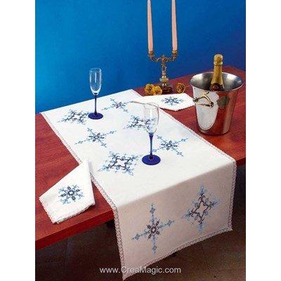 Vis à vis Géometrie Avec 2 serviettes assorties à broder en broderie traditionnelle - Luc Création